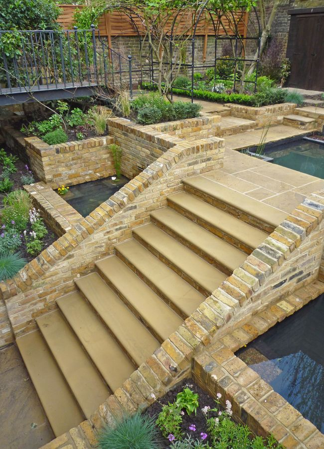 Koi-ponds-design-&-build-claudia-de-yong