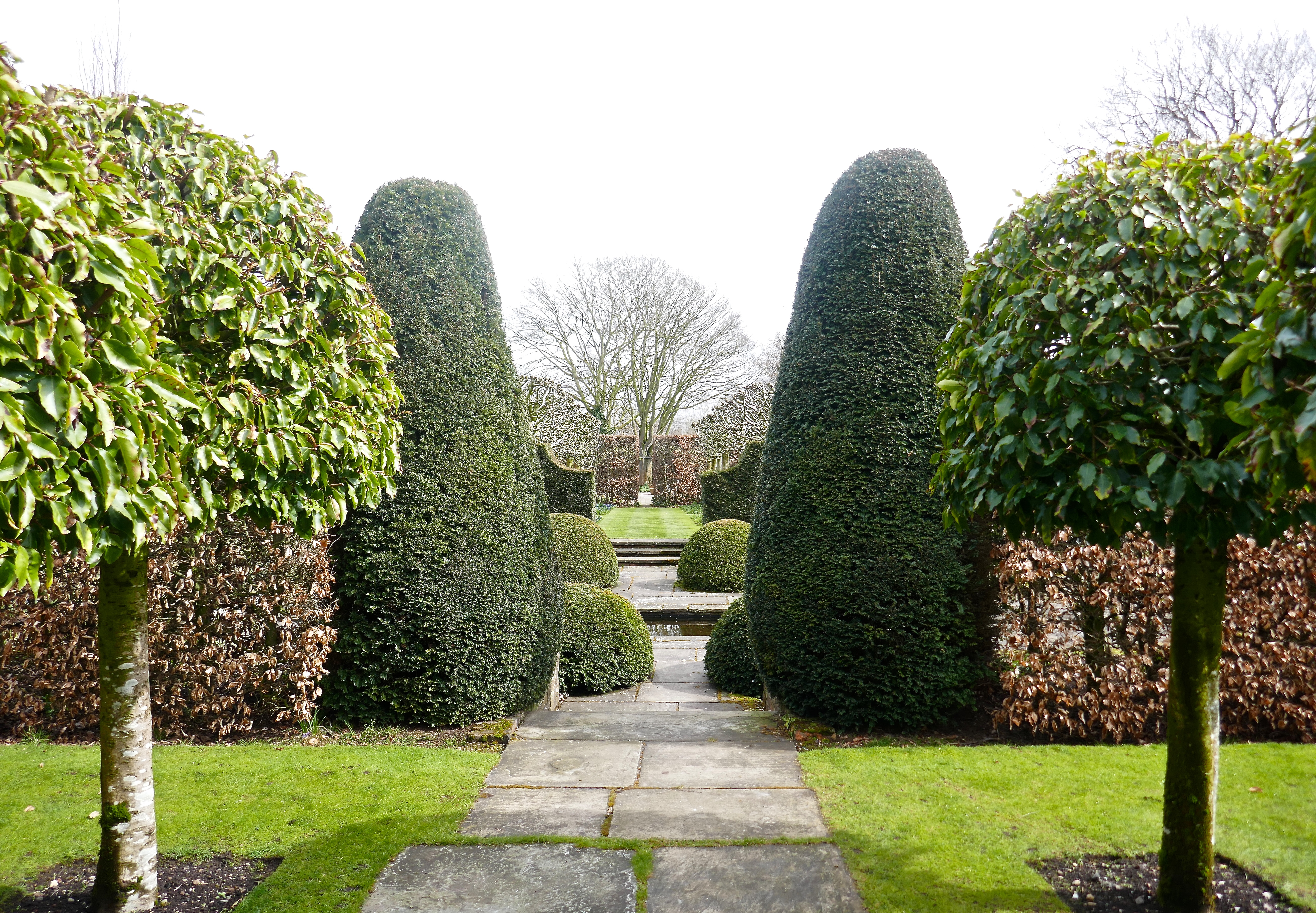 At This Time Of Year You Can Clearly See Just How The Use Of Structure  Brings The Garden Together And Separates ...